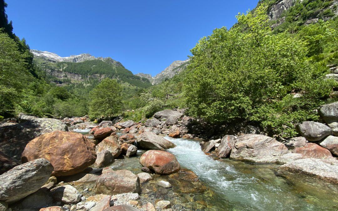 Alta Val Verzasca, la bellezza primordiale della natura